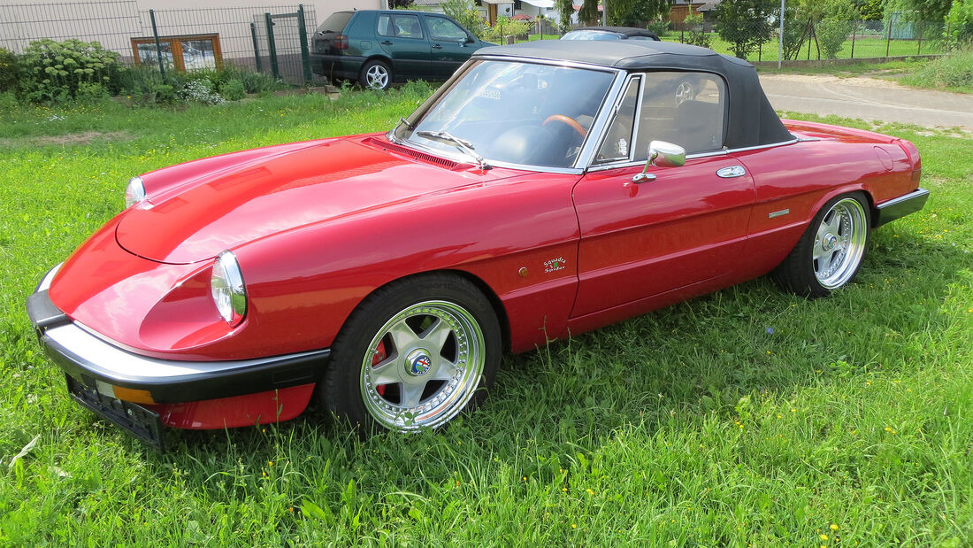 Alfa Romeo Spider V6