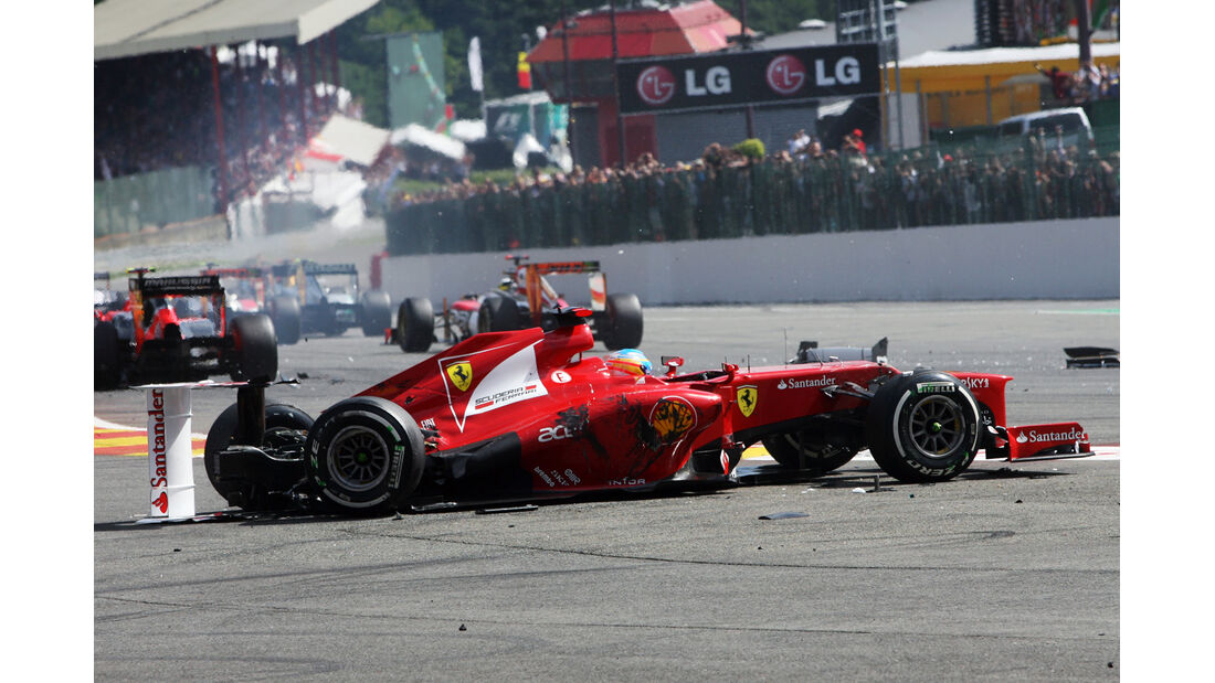 Alonso GP Belgien F1 Crashs 2012