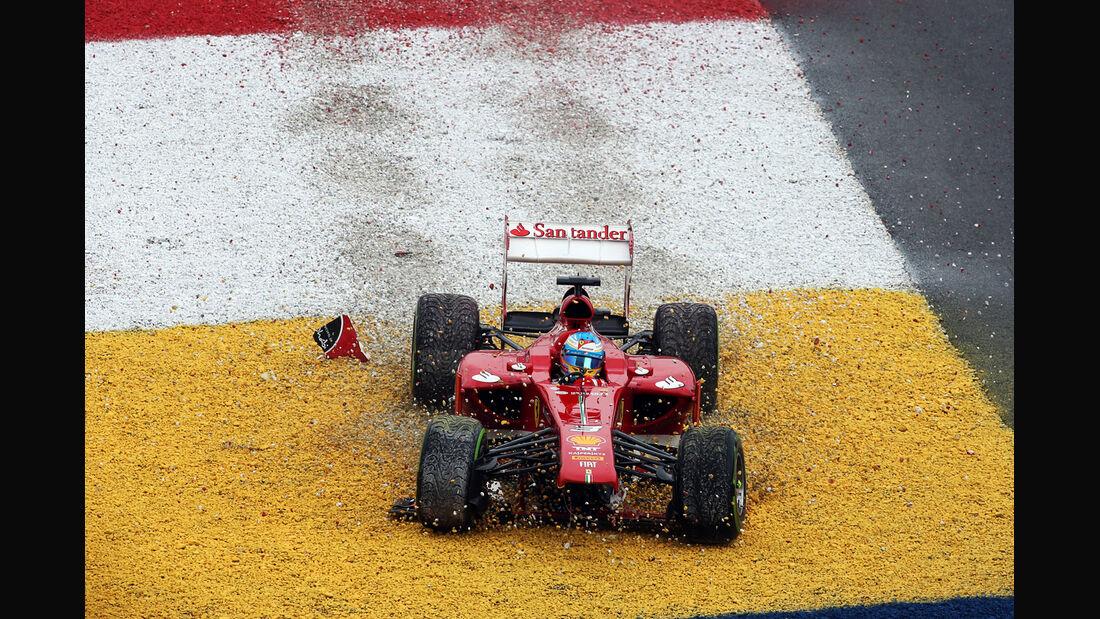 Alonso - GP Malaysia - Crash - 2013