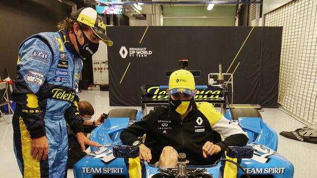 Alonso - Ocon - Renault R25 - Formel 1 - GP Abu Dhabi - Samstag - 12.12.2020