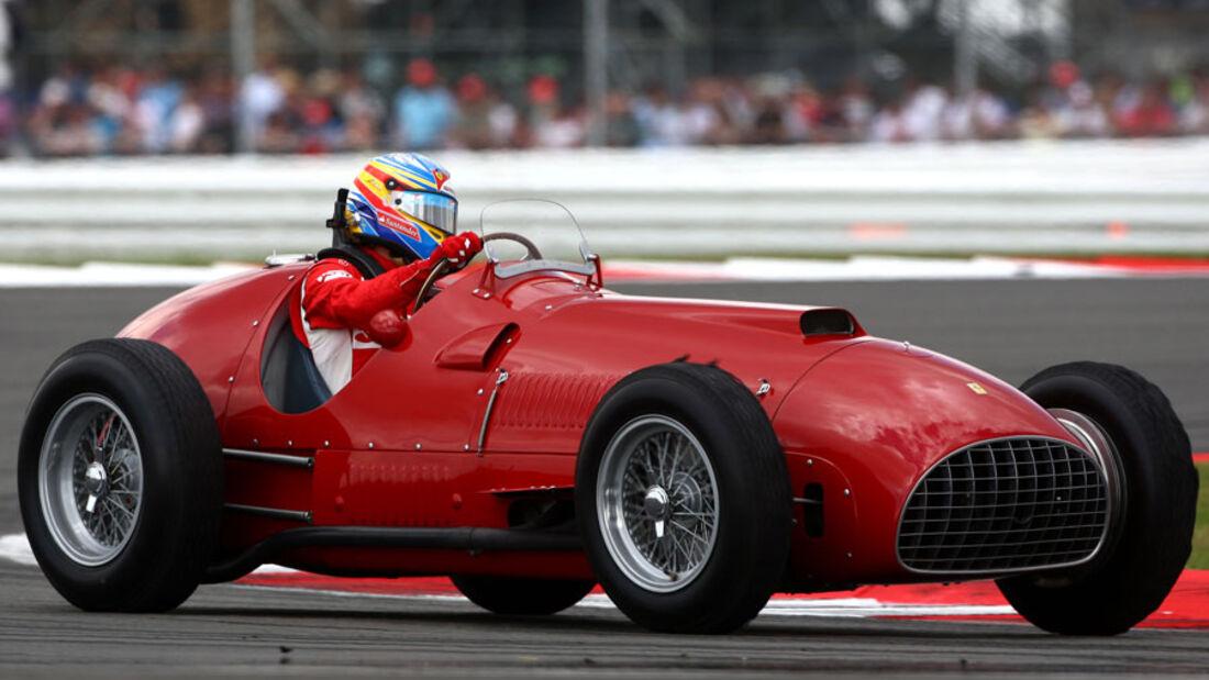 Alonso im Ferrari 375