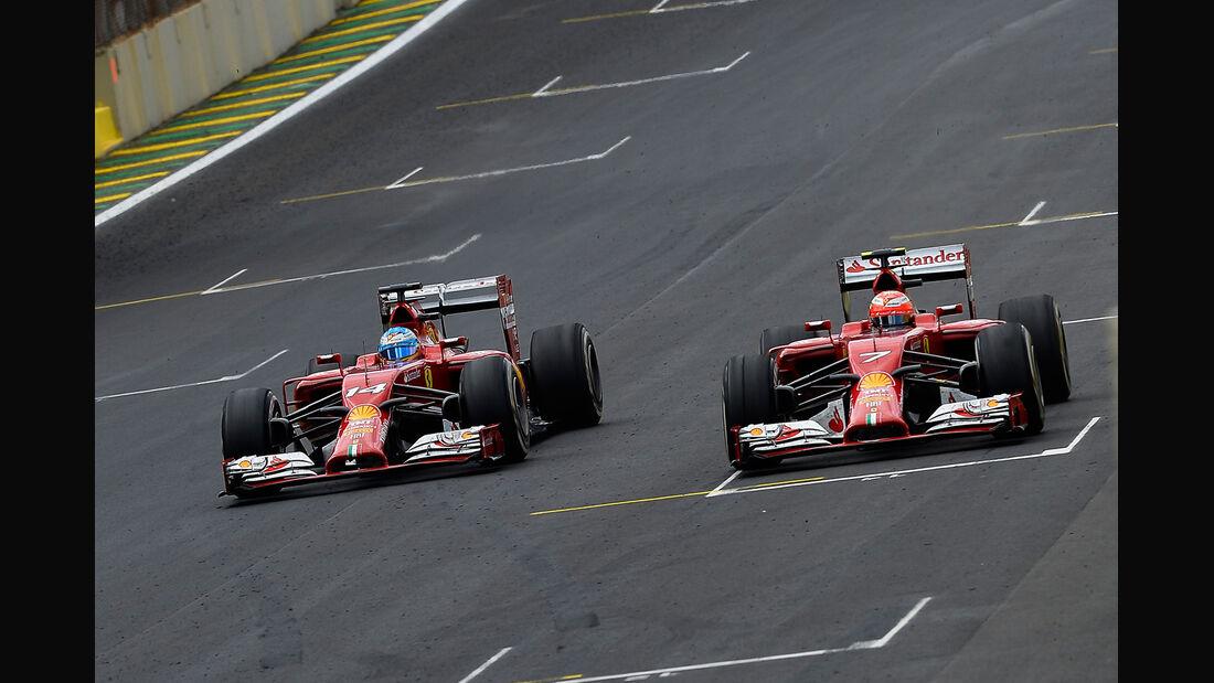 Alonso vs. Räikkönen - GP Brasilien 2014