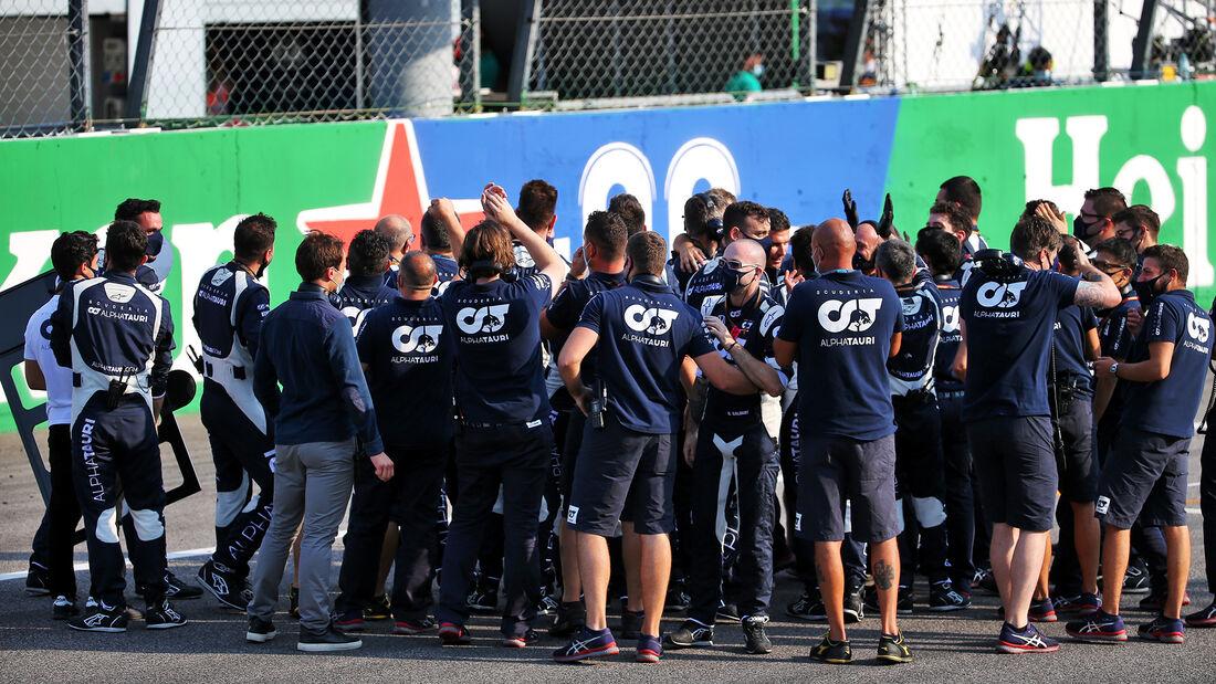 [Imagen: Alpha-Tauri-GP-Italien-2020-Monza-Rennen...721015.jpg]