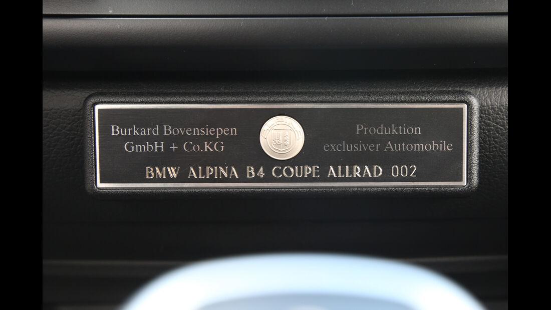 Alpina B4 Biturbo Coupé Allrad, Plakette