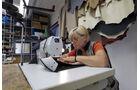 Alpina Kleinserien-Hersteller Lederbearbeitung
