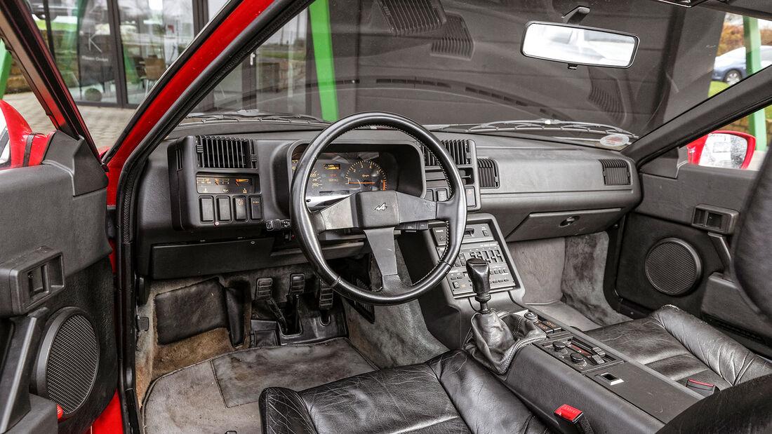 Alpine V6 Turbo, 1990, Cockpit