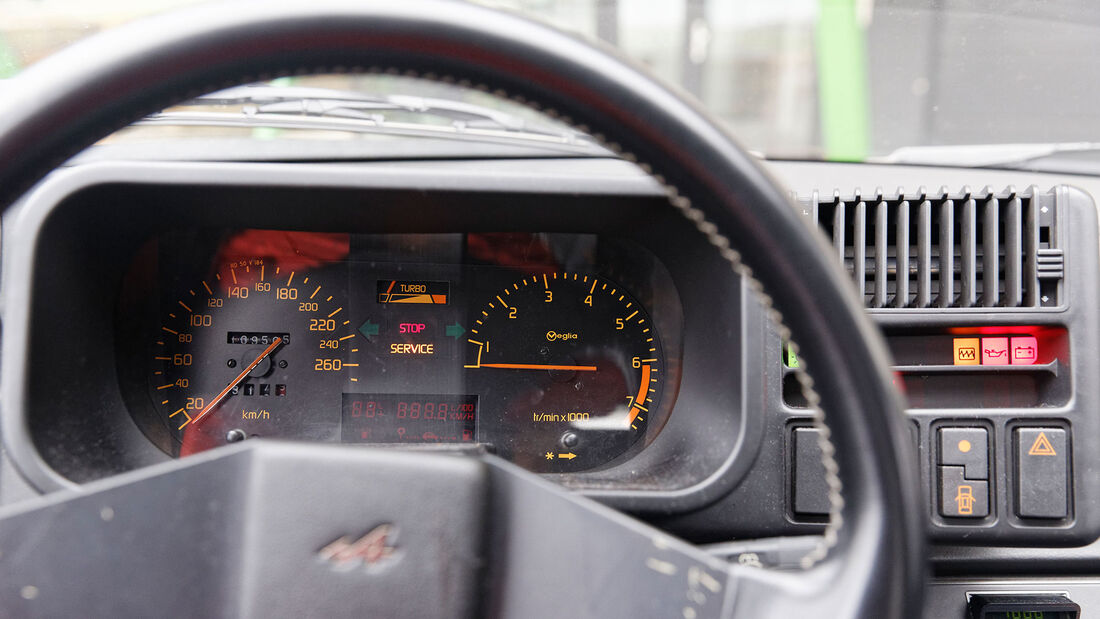 Alpine V6 Turbo, 1990, Cockpit, Tacho