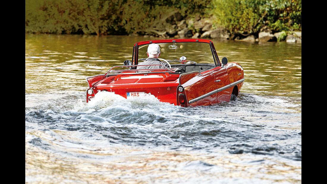 Amphicar 770, Heckansicht, Wasserfahrt