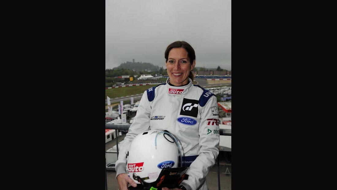 Anja Wassertheurer 24h-Rennen Nürburgring 2010 Motor Presse Stuttgart Fahrer