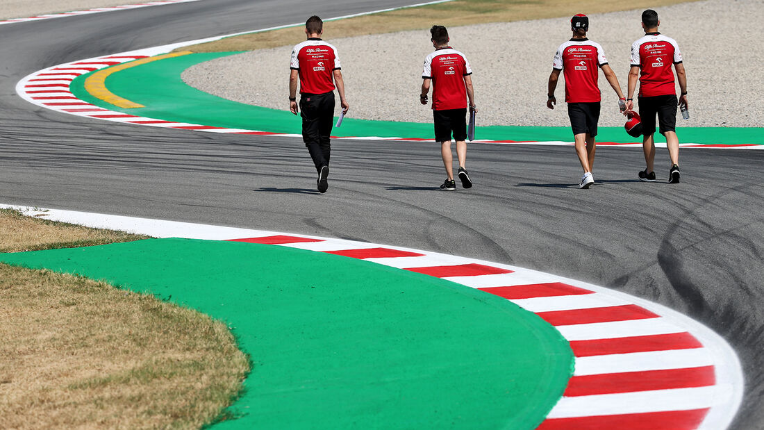 [Imagen: Antonio-Giovinazzi-Alfa-Romeo-Formel-1-G...714533.jpg]