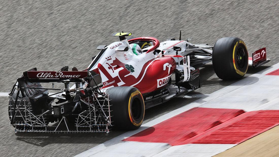 Antonio Giovinazzi - Alfa Romeo - Formel 1 - Test - Bahrain - 13. März 2021