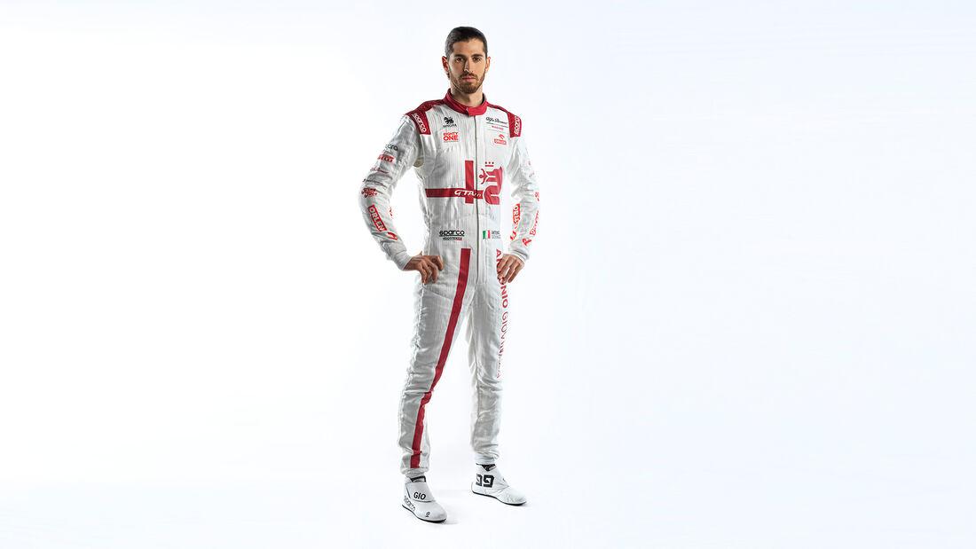 Antonio Giovinazzi - Potrait - Alfa Romeo - F1 - 2021