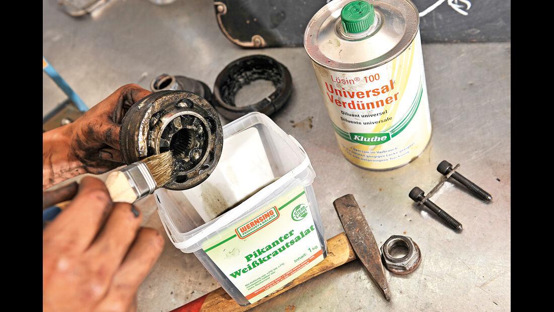 Antriebswellen-Manschetten, Lager reinigen
