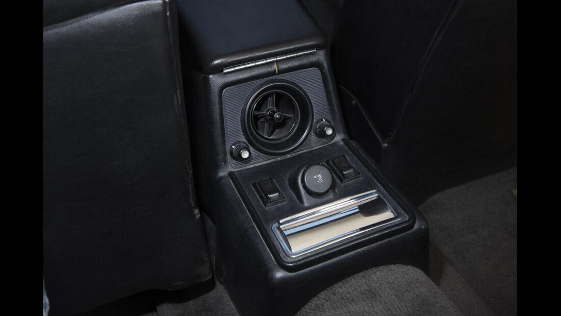 Arden-Jaguar XJ 12, Baujahr 1983, Aschenbecher