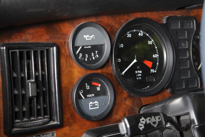 Arden-Jaguar XJ 12, Baujahr 1983, Instrumentenbrett