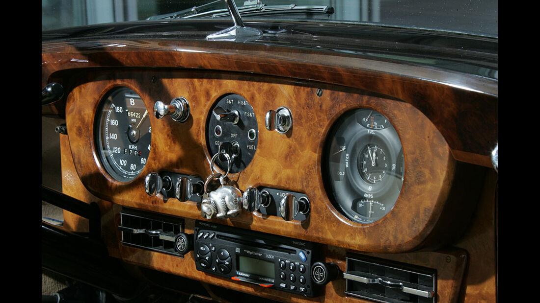 Armaturenbrett des Bentley S1
