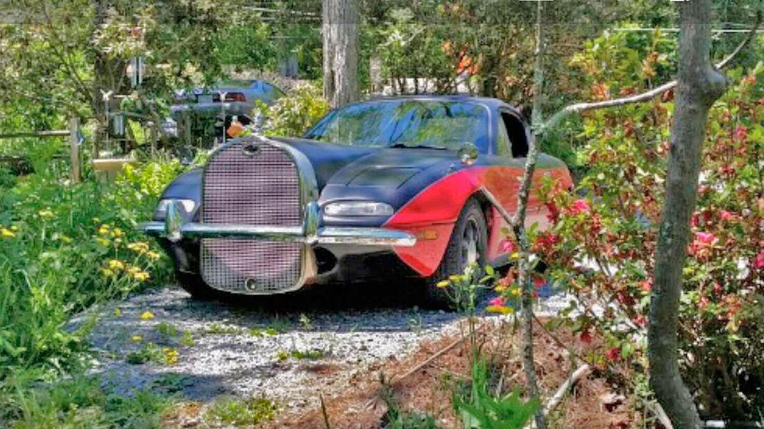 Art Deco Mazda Miata