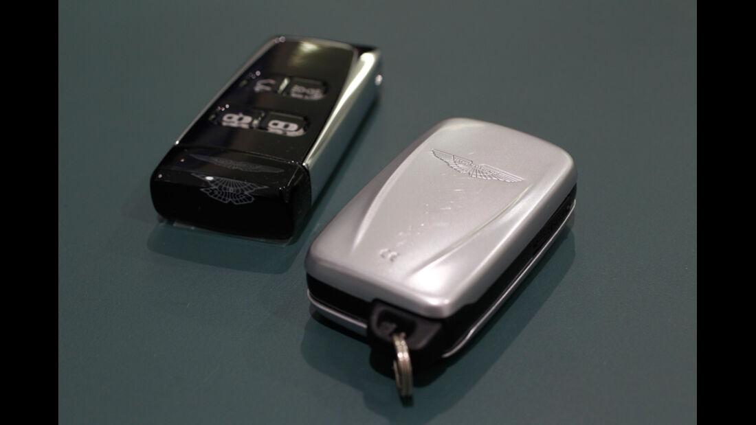 Aston Martin Cygnet, Abarth 695 Tributo Ferrari, Zündschlüssel