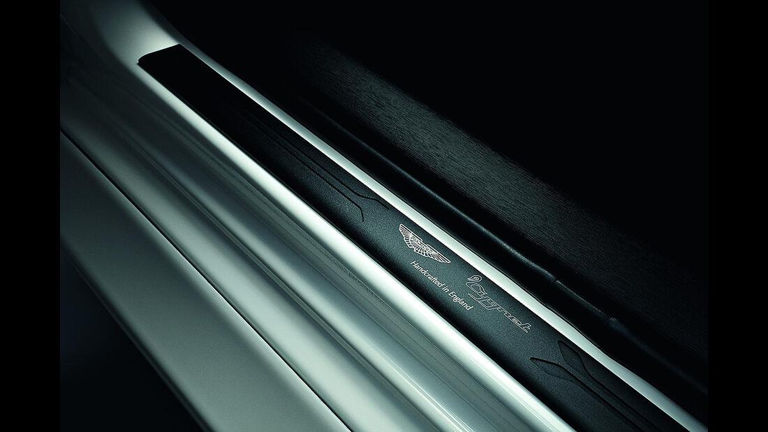 Aston Martin Cygnet, Launch Edition White and Black, Einstiegsleiste