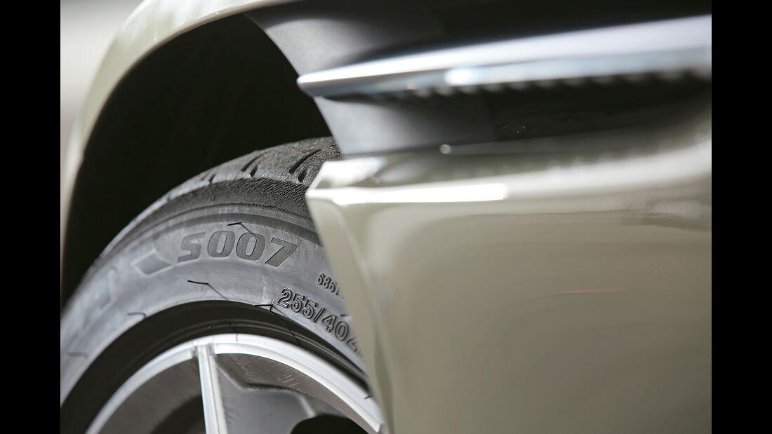 Aston Martin DB11, Detail