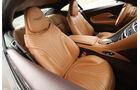 Aston Martin DB11, Sitze