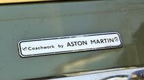 Aston Martin DB2, Schild, Typenbezeichnung