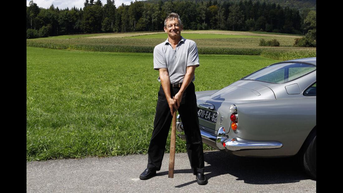 """Aston Martin DB5 """"007"""", Beat Roos, Baseballschläger"""