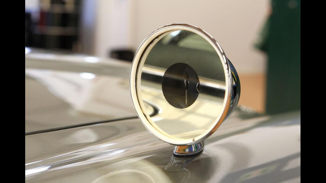 """Aston Martin DB5 """"007"""", Rückspiegel"""