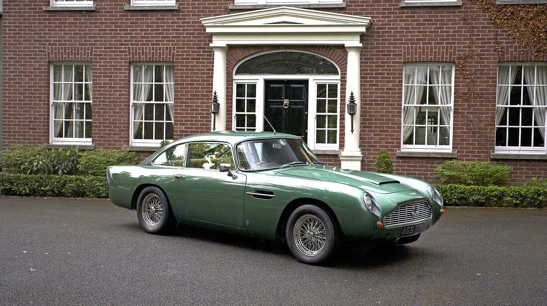 Aston Martin DB5 4.2-Litre Sports Saloon