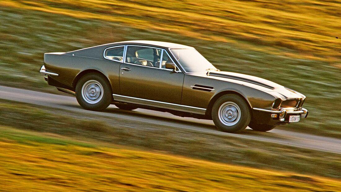 Aston Martin DB5 Bond car