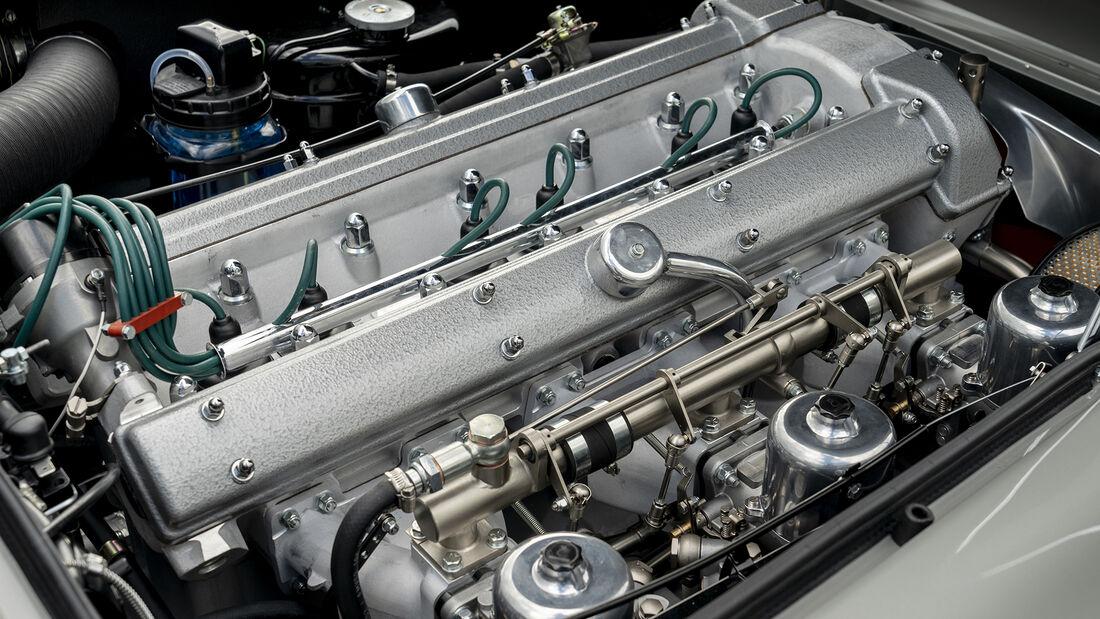 Aston Martin DB5 Goldfinger, Motor
