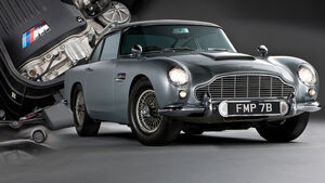 Aston Martin DB5 Replika James Bond BMW M3 Motor