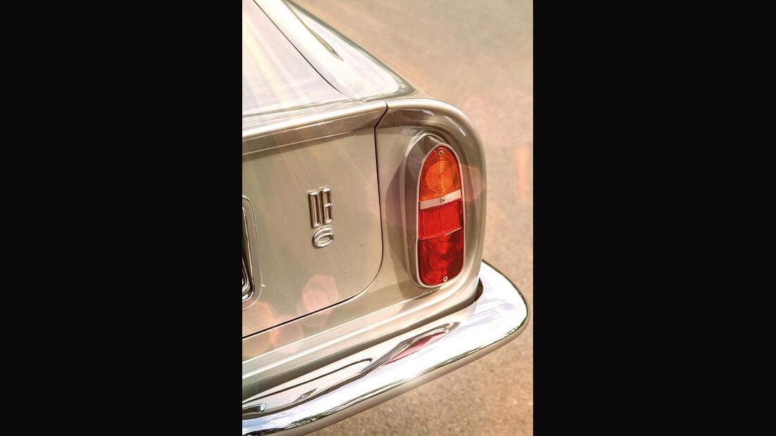Aston Martin DB6, Heckleuchte