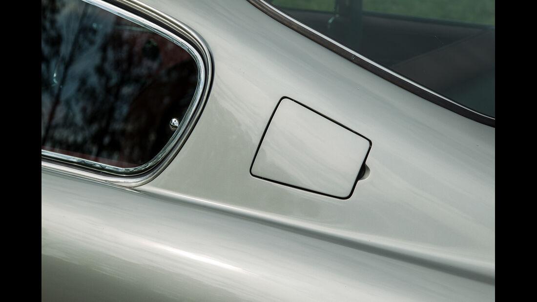 Aston Martin DB6 MK I, Benzindeckel