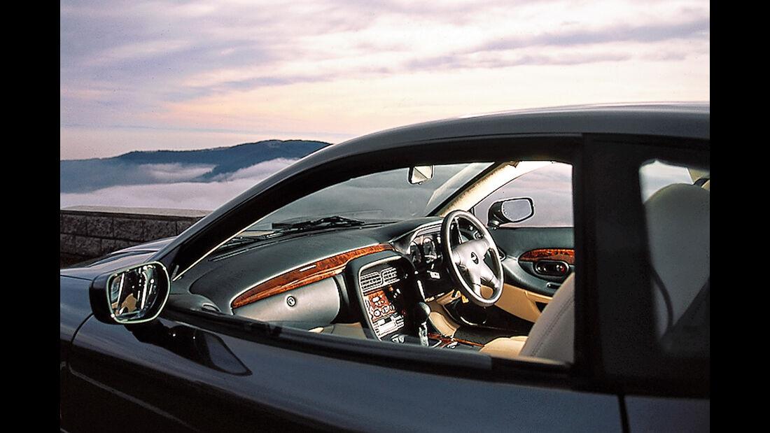 Aston Martin DB7 , Cockpit