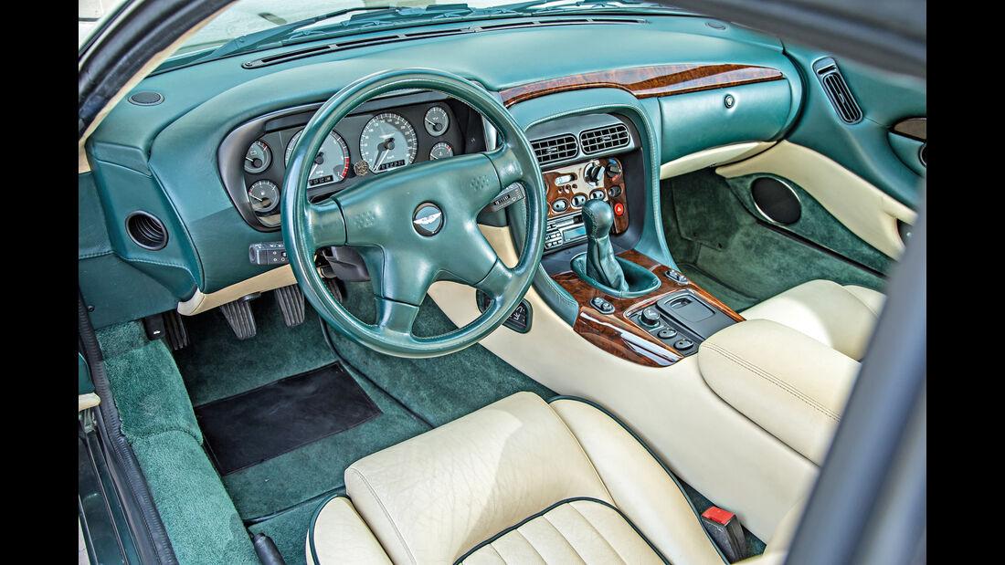 Aston Martin DB7, Cockpit