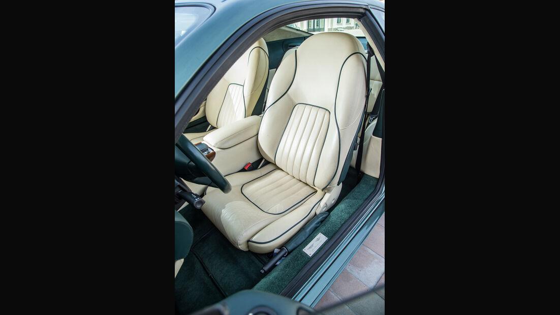 Aston Martin DB7, Fahrersitz