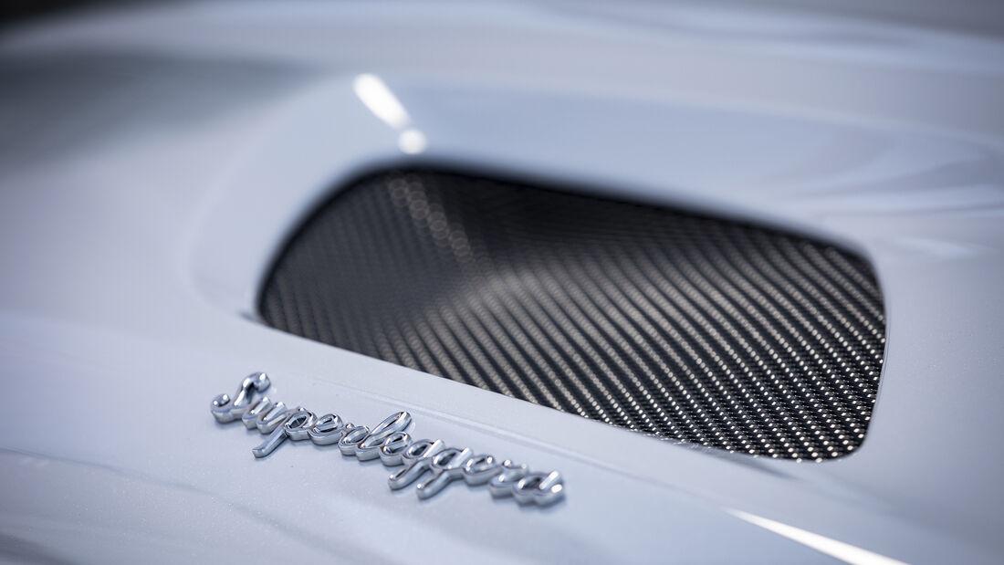 Aston Martin DBS Superleggera, Exterieur