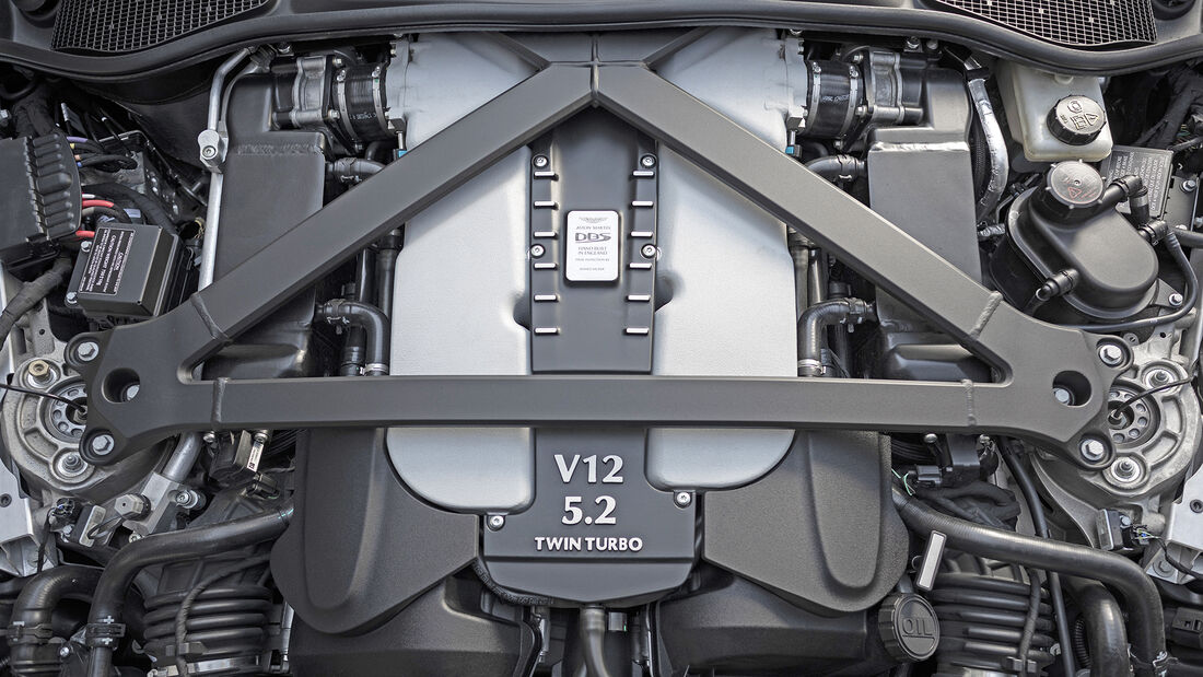 Aston Martin DBS Superleggera, Motor