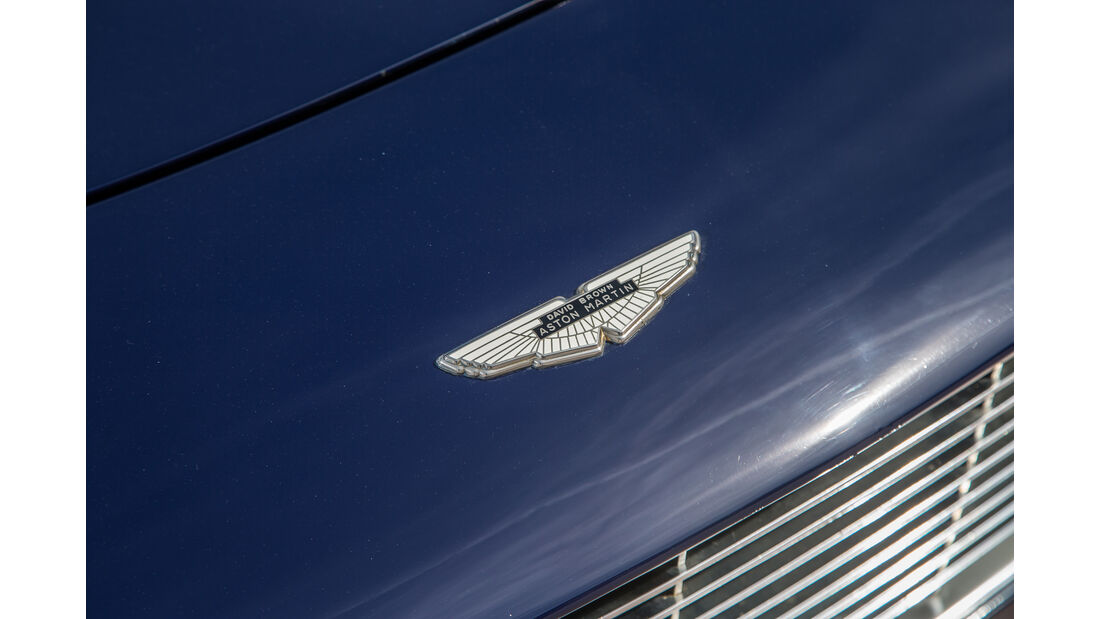 Aston Martin DBS Vantage,  Emblem
