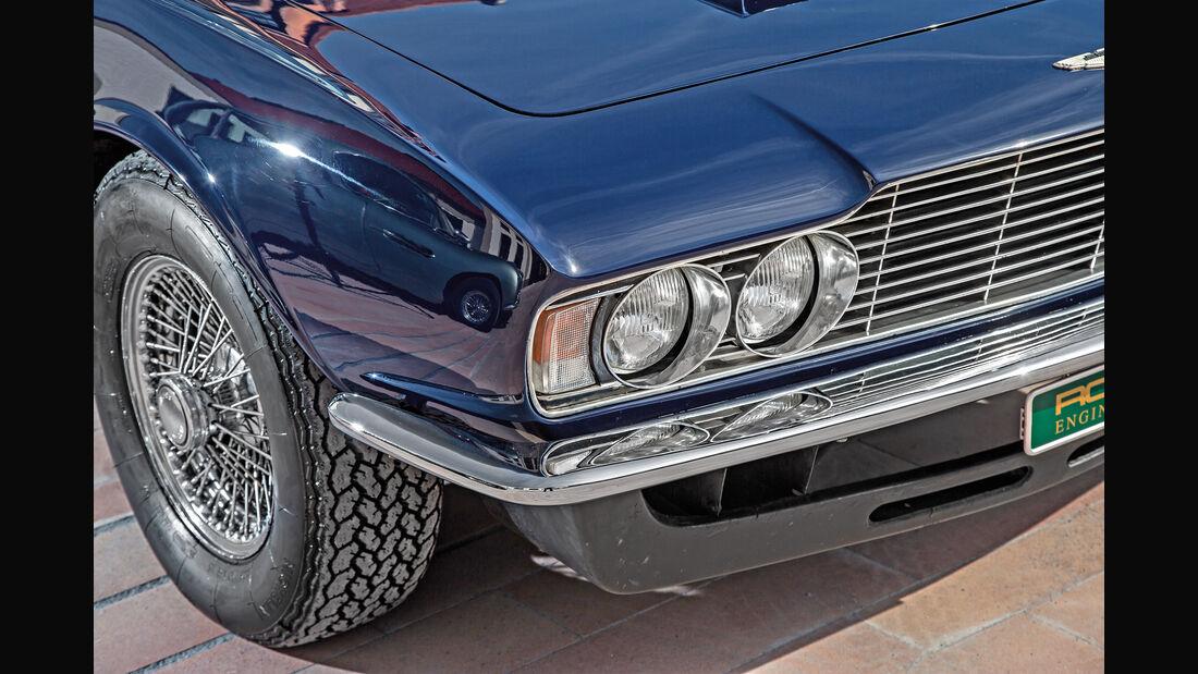 Aston Martin DBS Vantage,  Frontscheinwerfer