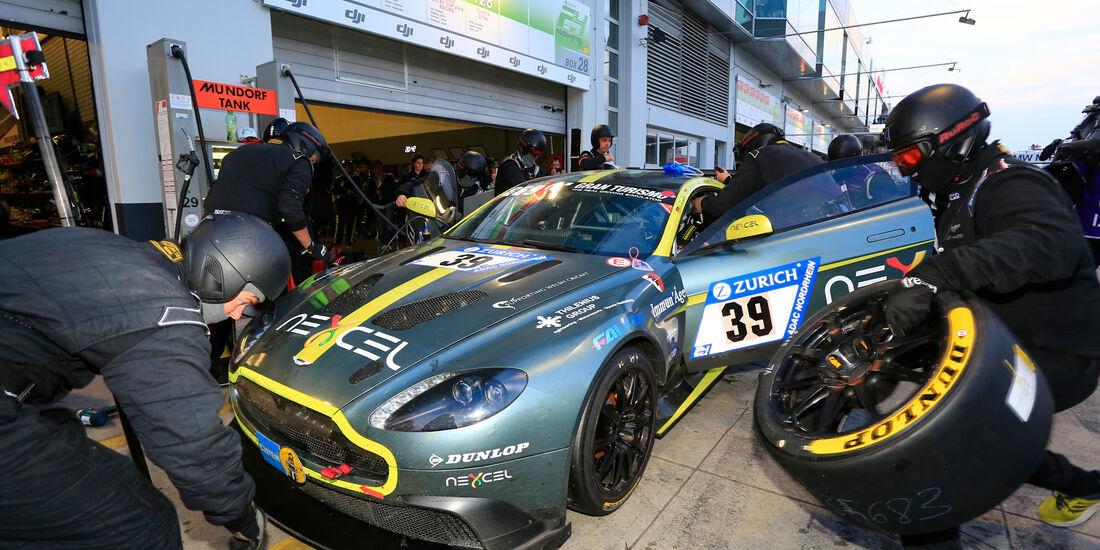 Aston Martin GT8 - Startnummer #39 - 24h-Rennen Nürburgring 2018 - Nordschleife - 12.5.2018