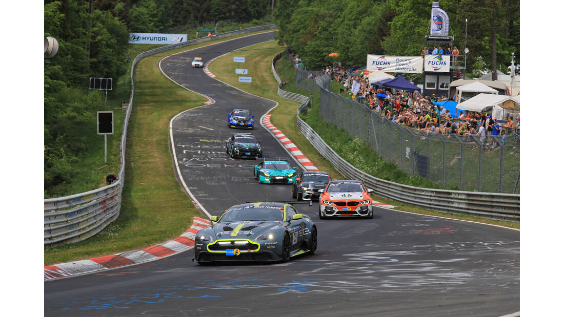 Aston Martin GT8 - Startnummer #39 - 24h-Rennen Nürburgring - Nordschleife - Samstag - 12.5.2018