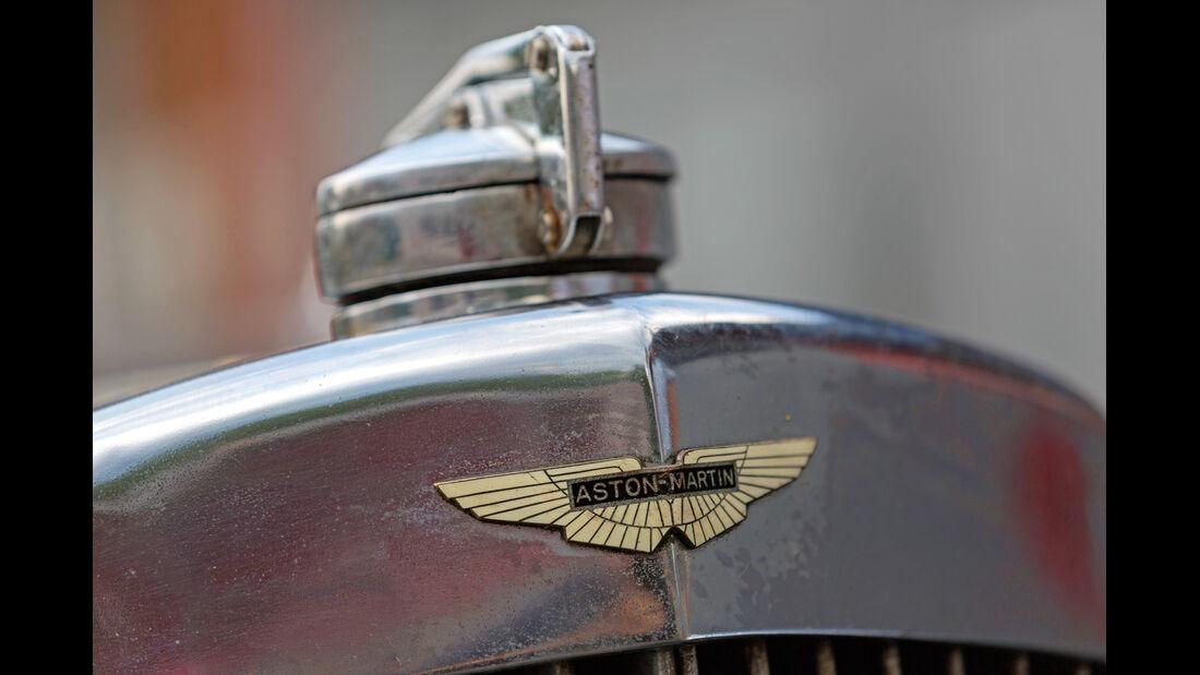 Aston Martin MK II, Firmenzeichnen