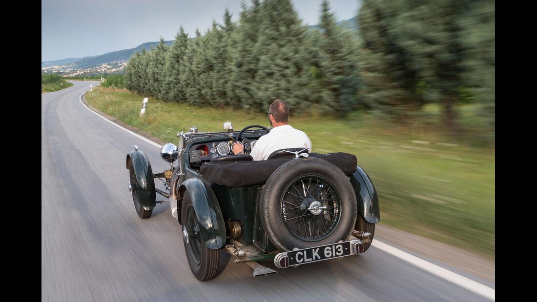 Aston Martin MK II, Heckansicht