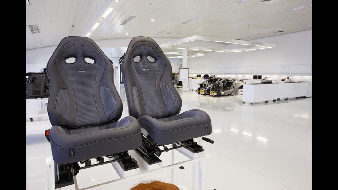 Aston Martin One-77, Schalensitze