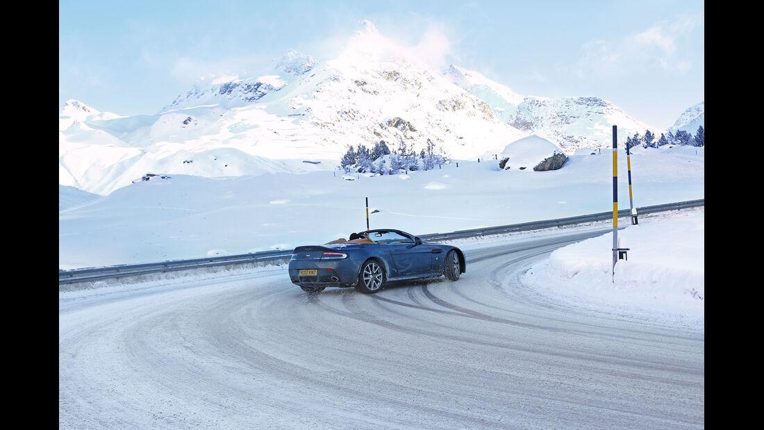 Aston Martin V12 Vantage Roadster, Driften