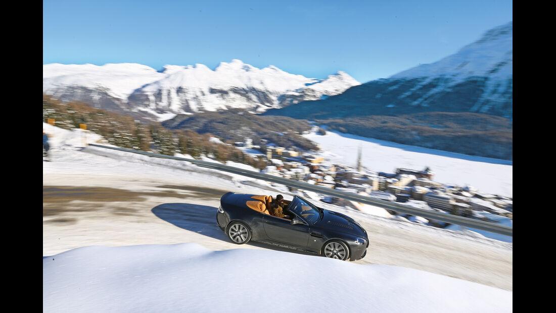 Aston Martin V12 Vantage Roadster, Seitenansicht