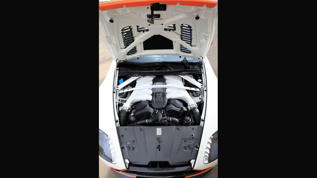 Aston Martin V12 Vantage S, Motor