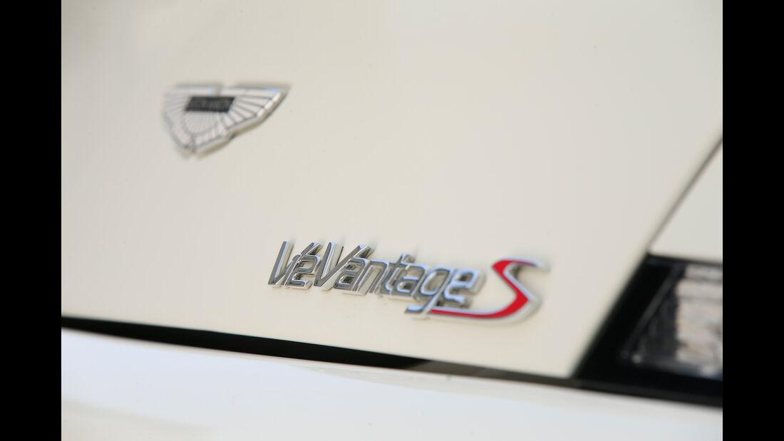 Aston Martin V12 Vantage S, Typenbezeichnung